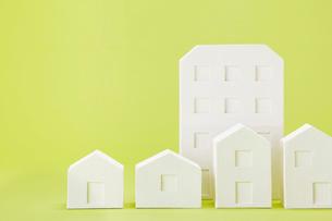 白い建物のオブジェ クラフトの写真素材 [FYI01603329]