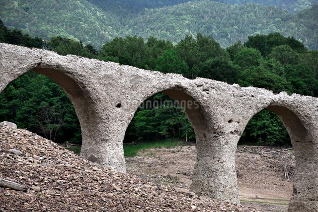 タウシュベツ川橋梁の写真素材 [FYI01603375]
