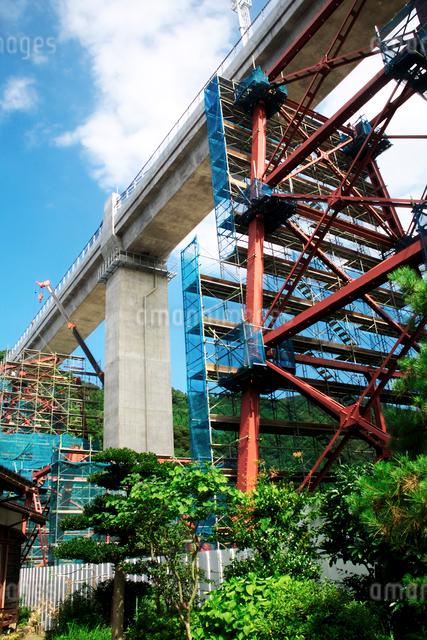餘部旧鉄橋と新橋梁の写真素材 [FYI01603409]