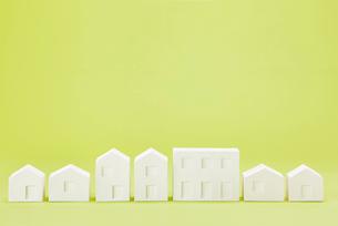白い建物のオブジェ クラフトの写真素材 [FYI01603439]