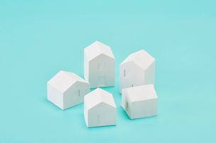 白い建物のオブジェ クラフトの写真素材 [FYI01603580]