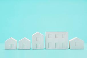 白い建物のオブジェ クラフトの写真素材 [FYI01603675]