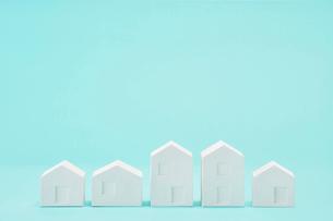 白い建物のオブジェ クラフトの写真素材 [FYI01603679]