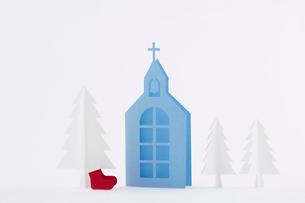 教会ともみの木と靴下の写真素材 [FYI01603741]