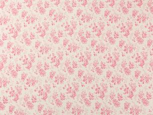 ピンクの花柄の布の写真素材 [FYI01603830]