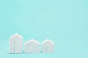 白い建物のオブジェ クラフトの写真素材 [FYI01603880]