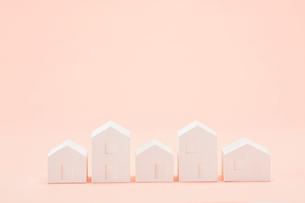 白い建物のオブジェ クラフトの写真素材 [FYI01604311]