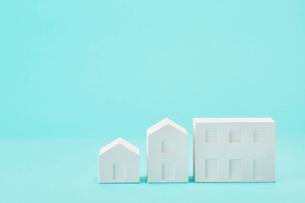白い建物のオブジェ クラフトの写真素材 [FYI01604931]