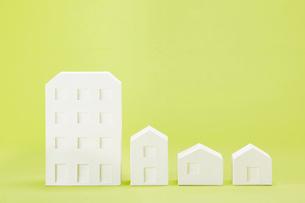 白い建物のオブジェ クラフトの写真素材 [FYI01605151]