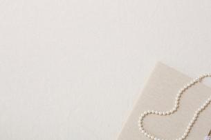 パールのネックレスの写真素材 [FYI01605994]