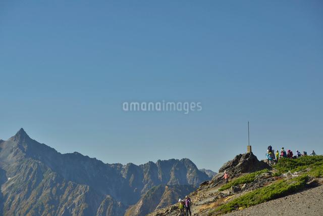蝶ヶ岳の瞑想の丘の写真素材 [FYI01606832]