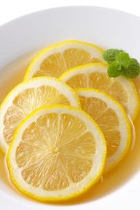 蜂蜜とレモンの写真素材 [FYI01607592]