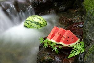 西瓜の写真素材 [FYI01607766]