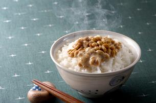 納豆御飯の写真素材 [FYI01608278]