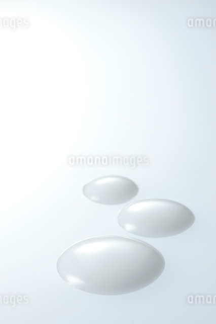 乳液の写真素材 [FYI01610429]