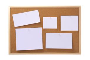 メモとコルクボードの写真素材 [FYI01610468]