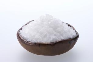 粗塩の写真素材 [FYI01610477]