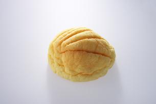 メロンパンの写真素材 [FYI01610768]