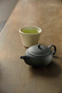 急須と日本茶の写真素材 [FYI01611269]