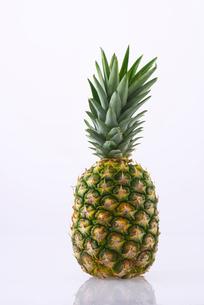パイナップルの写真素材 [FYI01611575]