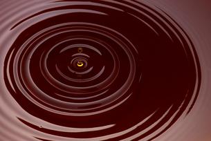 コーヒーの波紋の写真素材 [FYI01611616]