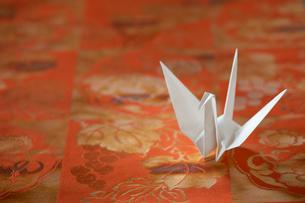 折り鶴の写真素材 [FYI01612029]