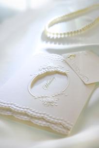 招待状とメッセージカードの写真素材 [FYI01612188]