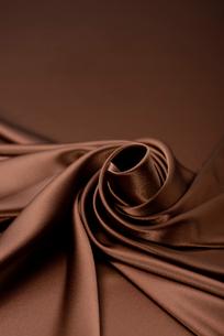 茶色のドレープの写真素材 [FYI01612240]