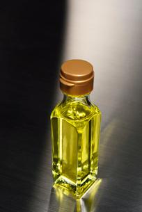 アマニ油の写真素材 [FYI01612572]