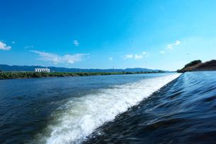 筑後川と合流する陣屋川の写真素材 [FYI01612821]