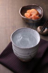 焼酎のお湯割りの写真素材 [FYI01613301]