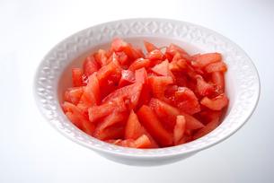 カットされたトマト (桃太郎)の写真素材 [FYI01613402]