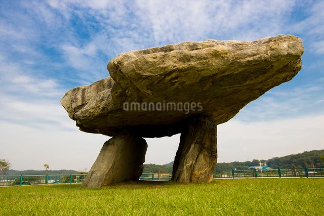 江華島の支石墓遺産の支石墓の写真素材 [FYI01613763]