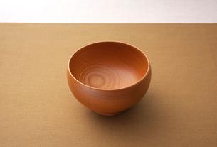 檜のお椀の写真素材 [FYI01614126]