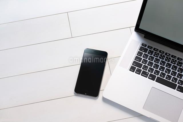 ノートパソコンの写真素材 [FYI01614273]