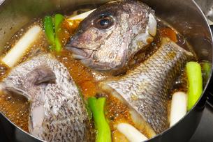 真鯛の煮付けの写真素材 [FYI01614362]