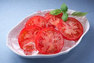 冷やしトマトの写真素材 [FYI01614575]