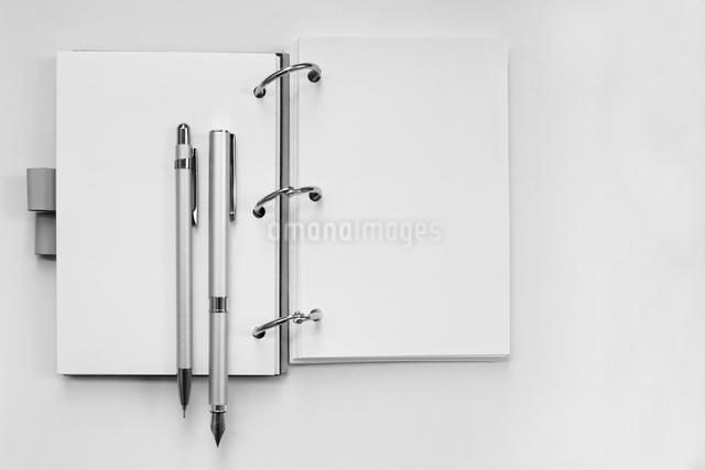 ビジネス小物 の写真素材 [FYI01614783]