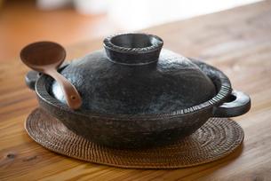土鍋の写真素材 [FYI01615168]