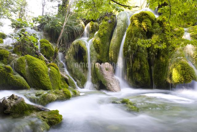 滝の写真素材 [FYI01615591]