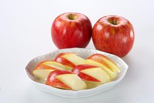 リンゴ  (サンふじ)の写真素材 [FYI01615676]