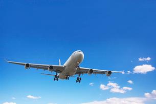 飛行機と空の写真素材 [FYI01616150]