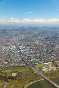 東京外環自動車道、美女木ジャンクション付近空撮の写真素材 [FYI01616364]