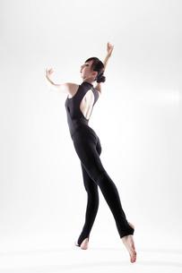 体操のポーズの写真素材 [FYI01616451]