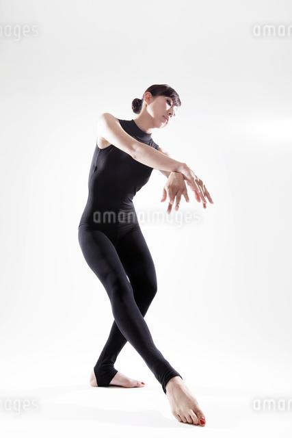 体操のポーズの写真素材 [FYI01616759]
