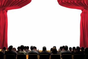 幕の開いた明るい舞台と観客の写真素材 [FYI01618124]