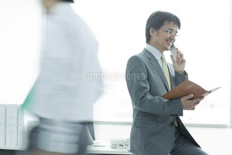 オフィスシーンの写真素材 [FYI01619544]