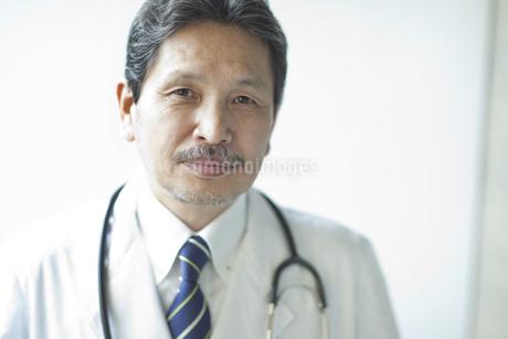 男性医師の写真素材 [FYI01620825]