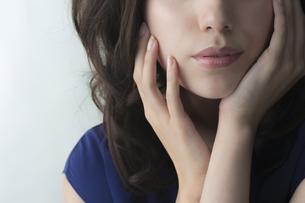 若い女性のビューティーイメージの写真素材 [FYI01621490]