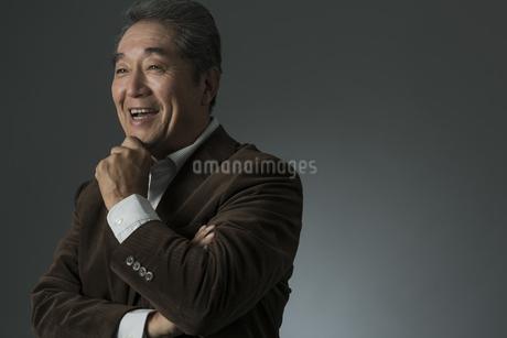 笑顔のシニア男性の写真素材 [FYI01621916]